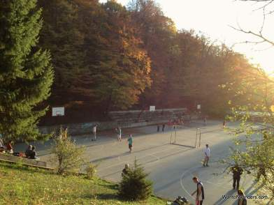 Basketball courts in Gremia Park