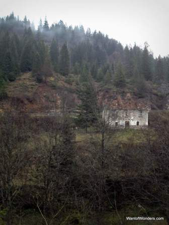 An abandoned house near Kuchiste in Rugova