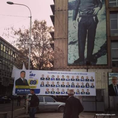 AKR banner in center of Mitrovica