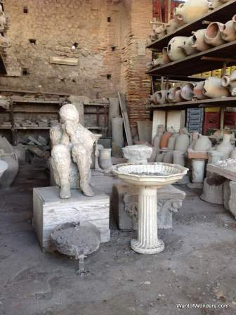 Pompei Person2